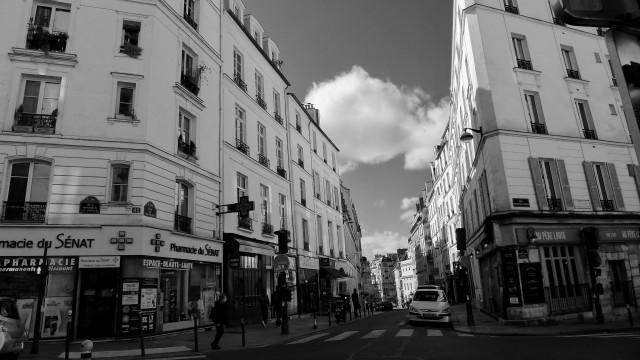 Rue Monsieur-Le-Prince © Helen Doyle 2019